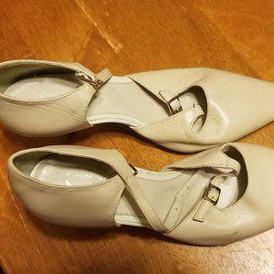 COPY - Tan/Beige Heels